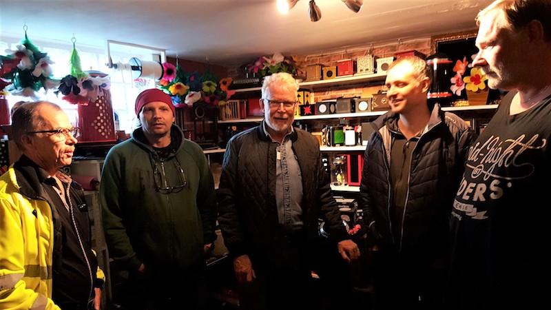 Hans-Ivar, John Martin, Christer, Jörgen och Kent i trolleributiken
