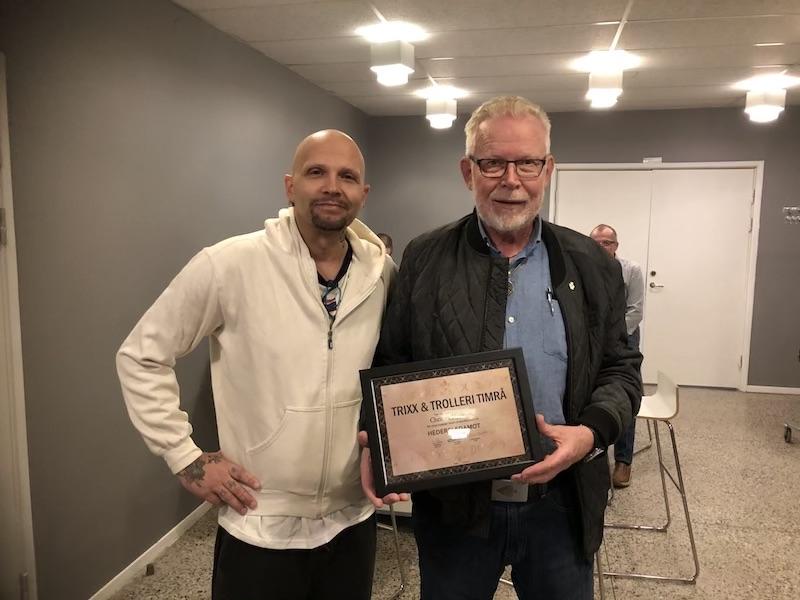Christer Hjertzen blir invald till hedersledamot för sina insatser inom trollerikonsten